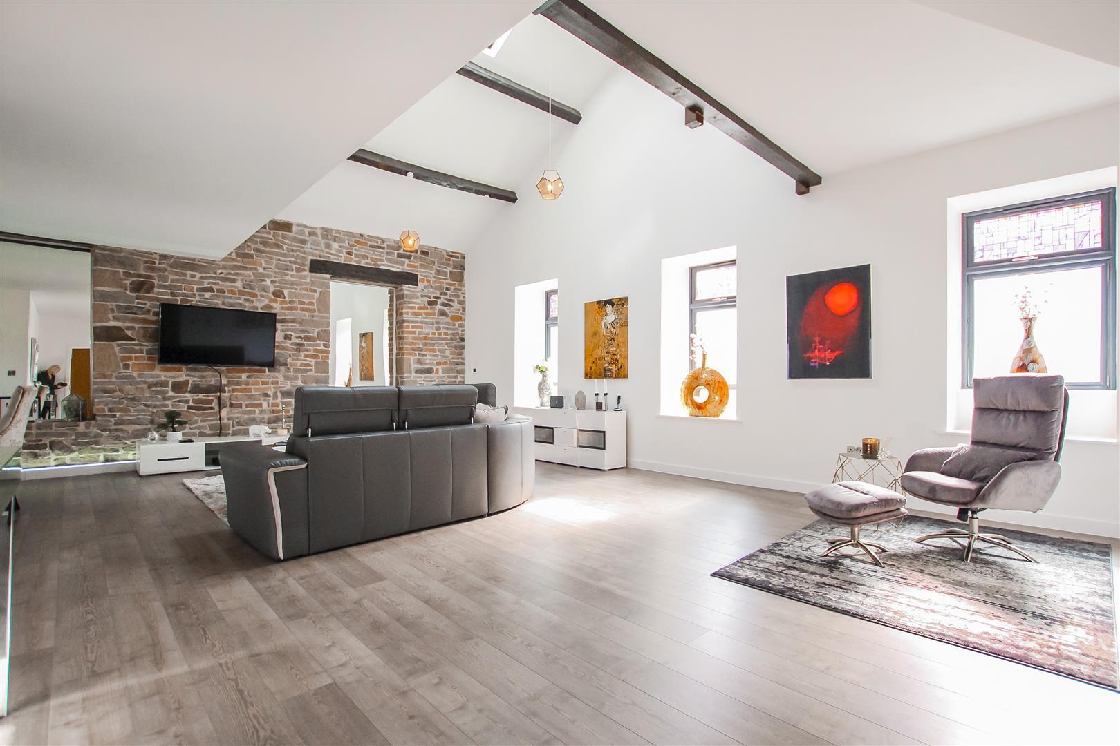 3 Bedroom Duplex Apartment For Sale - Image 21